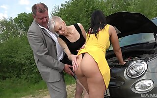 Mature shares huge inches about big ass babe