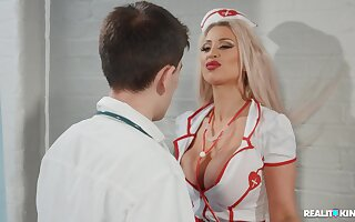 Hardcore fucking between a doctor and naughty nurse Brooklyn Blue