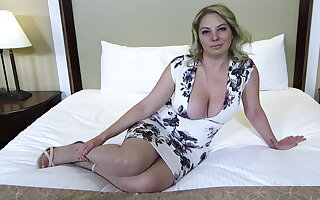 Obese ass with an increment of gut blonde MILF