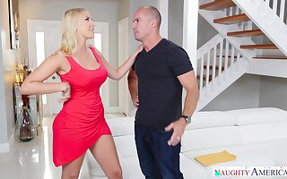 Slutty housewife Vanessa Cage gives a blowjob to handsome wage-earner Sean Lawless