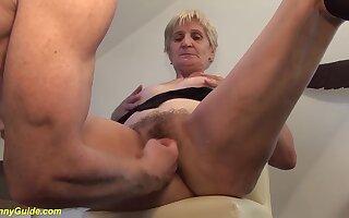 Extreme big cum load shot in grandmas brood on