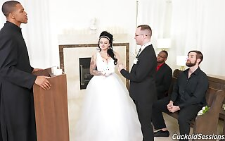 Groom watches his BBW bride banged by others on the wedding swain