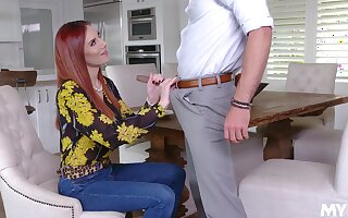 Be in charge redhead wants jizz on face after such a naughty encounter