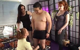 Amateurish dick sucking by kinky Sasha Rose added to two of her subdue friends