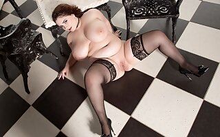 The Obese Terrace of Miss Craving - Lavina Craving - XLGirls