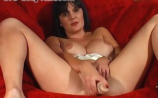 Brunette girl Paige Monroe likes to rub say no to cunt upstairs get under one's couch