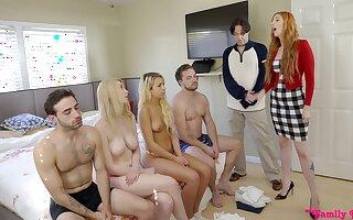 Amazing nude orgy between family members