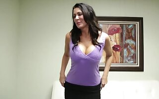 Big-boobied brunette gives a handjob to hate hired painless a secretary