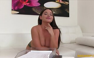 This natural tits girl Rachelle Richey is going to make a lot of money