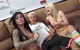 Lucky guy puts his prick in holes of Rachele Richey and Marsha May