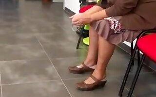 Dick bulge flash at doctor