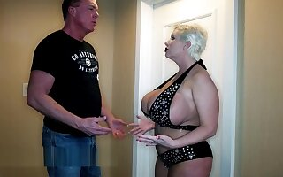 claudia Marie Turns on
