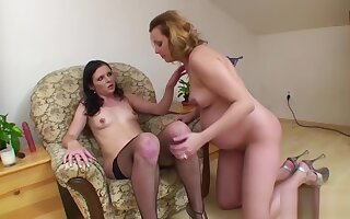 9 Month Pregnant Mom Seduce 18yr old Teen to Fuck