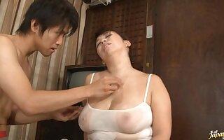 Chubby Stacked Mature Chick Yukari Orihara Fucks Younger Cock