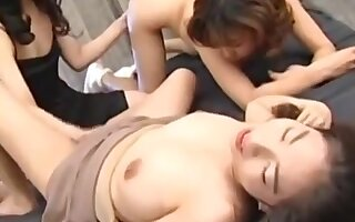Mature japanese ladies getting lezzy