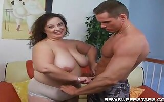 Shianna Chubbies Mexican Cougar Mommy Sucking with the addition of Fucking