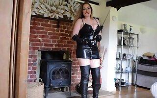 Mistress Delanie Talks Dirty - TacAmateurs